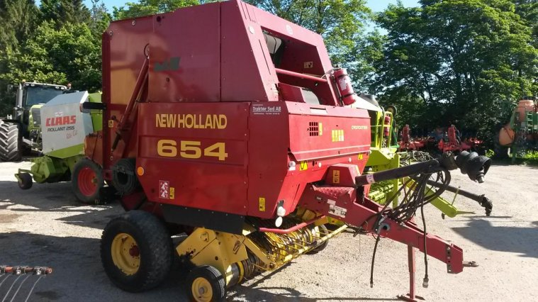 New holland rundbalspress