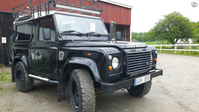 Land Rover Defender 90 -03