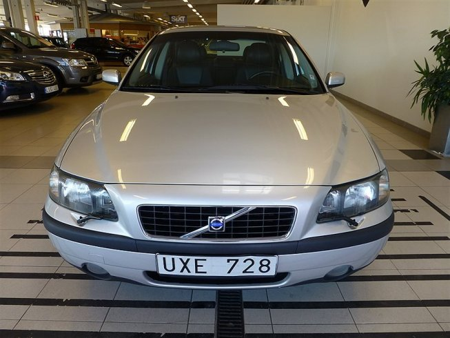 Volvo S60 2,5 T 210 hk Business -04