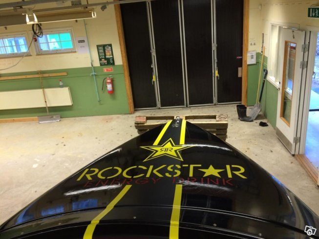 VIP vindicator 22. V8 Rock Star