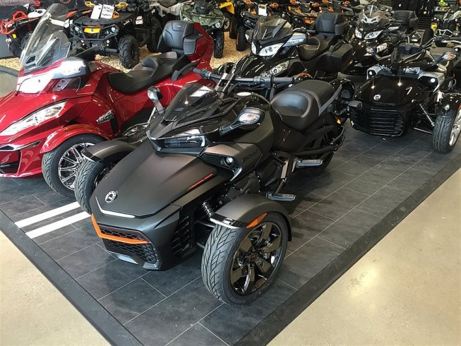 """Can-Am Spyder F3-S Special Series """" i Lager -16"""