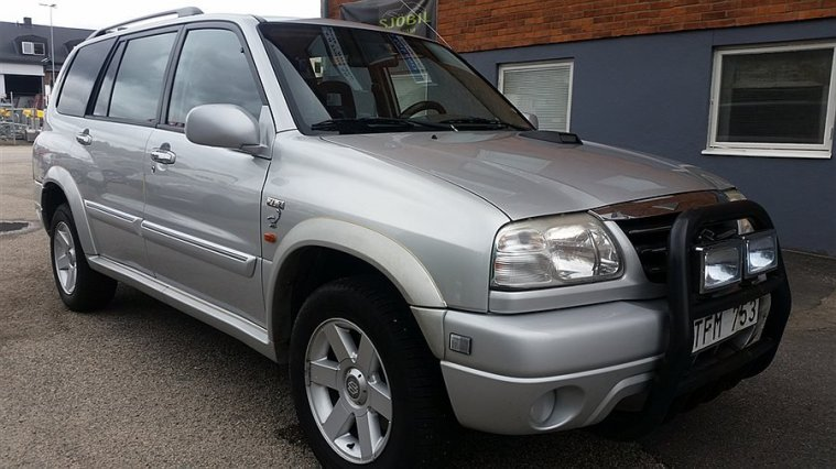Suzuki Grand Vitara XL-7 -02