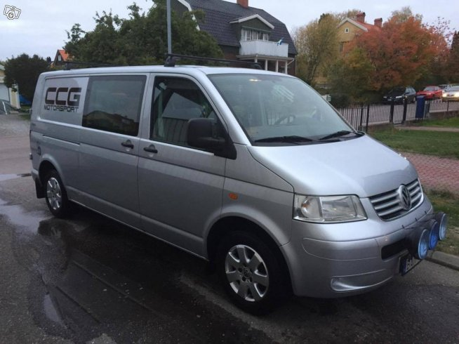 VW Transporter Kombi 5-sits 4-motion -08