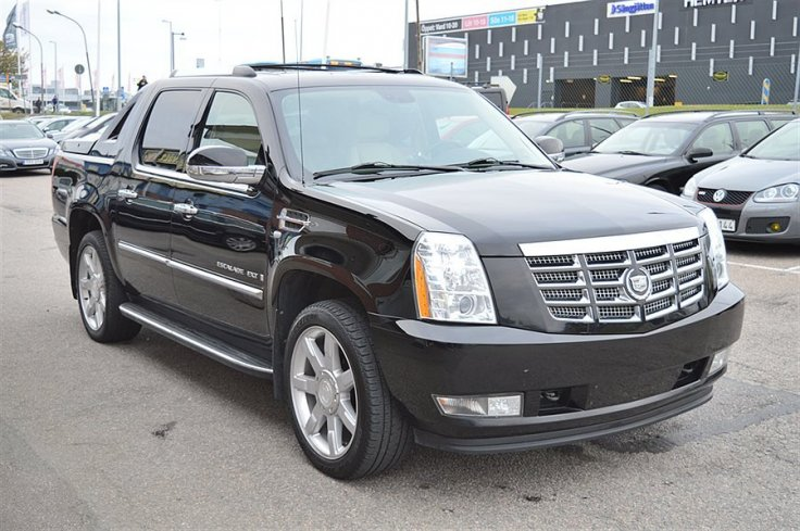 Cadillac Escalade EXT 6,2 409Hk AWD Lucka DVD -08