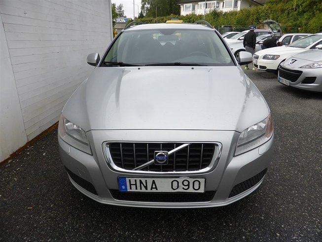 Volvo V70 2.4D NYBES -08