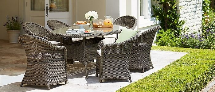 Rattan 6 Seater Oval Dining Set - Brand New Boxed