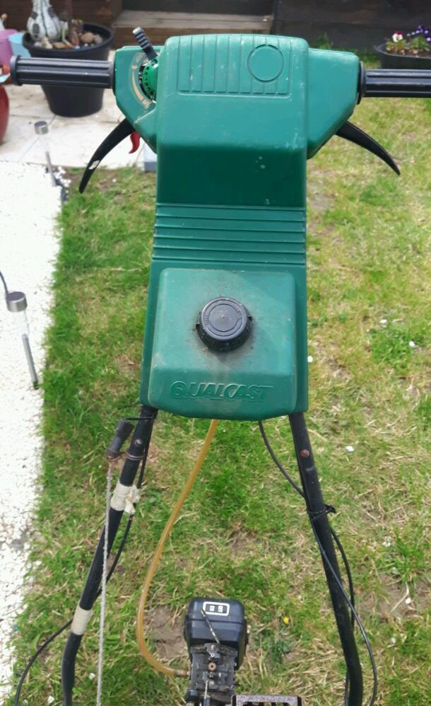 Qualcast Petrol Lawnmower Suffolk punch 35s