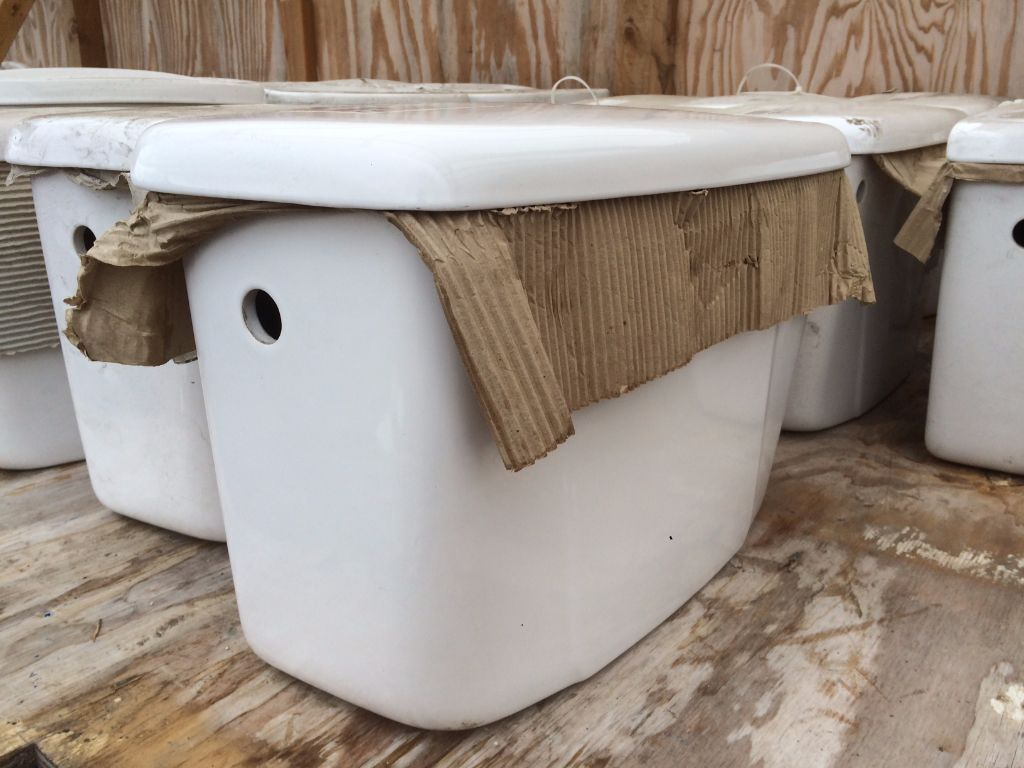 Toilet Cisterns - Various Sizes Avaliable (contact me for prices)