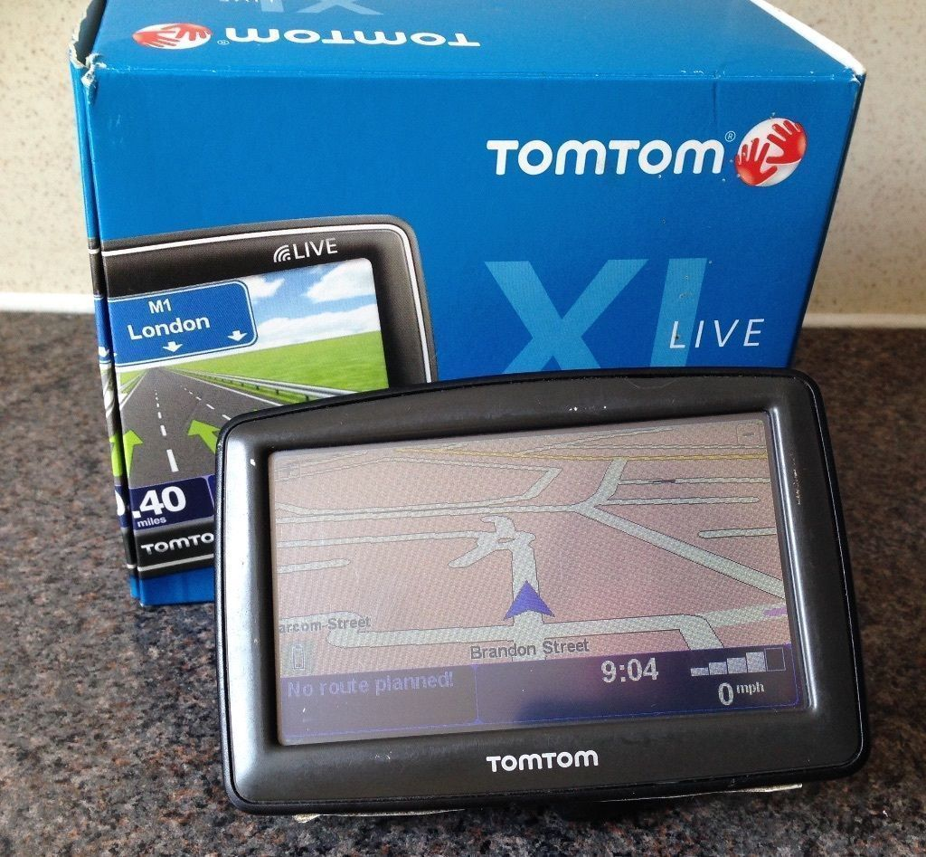TomTom XL Live Sat Nav GPS navigator with UK + Western EUROPE maps