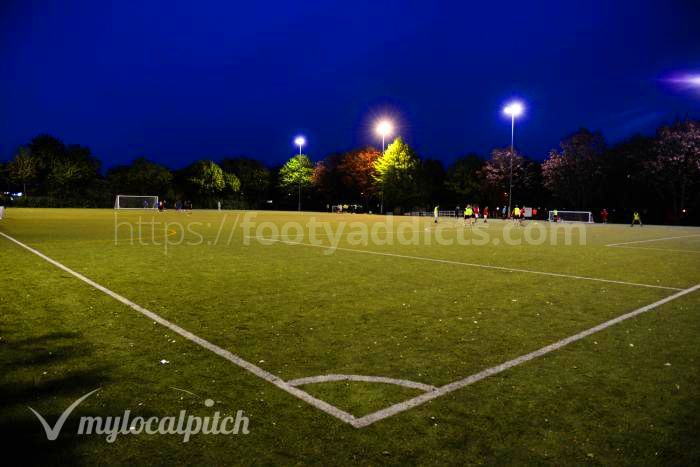 Play friendly football game in North London, Archway, Upper Holloway