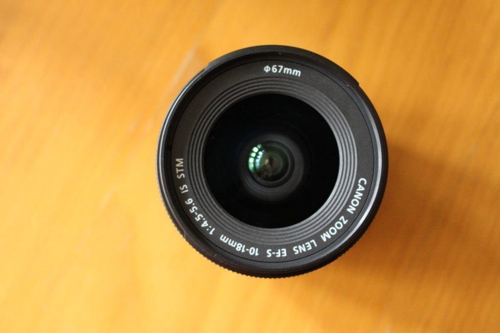 Canon EFS 10-18mm f/4.5-56 IS STM