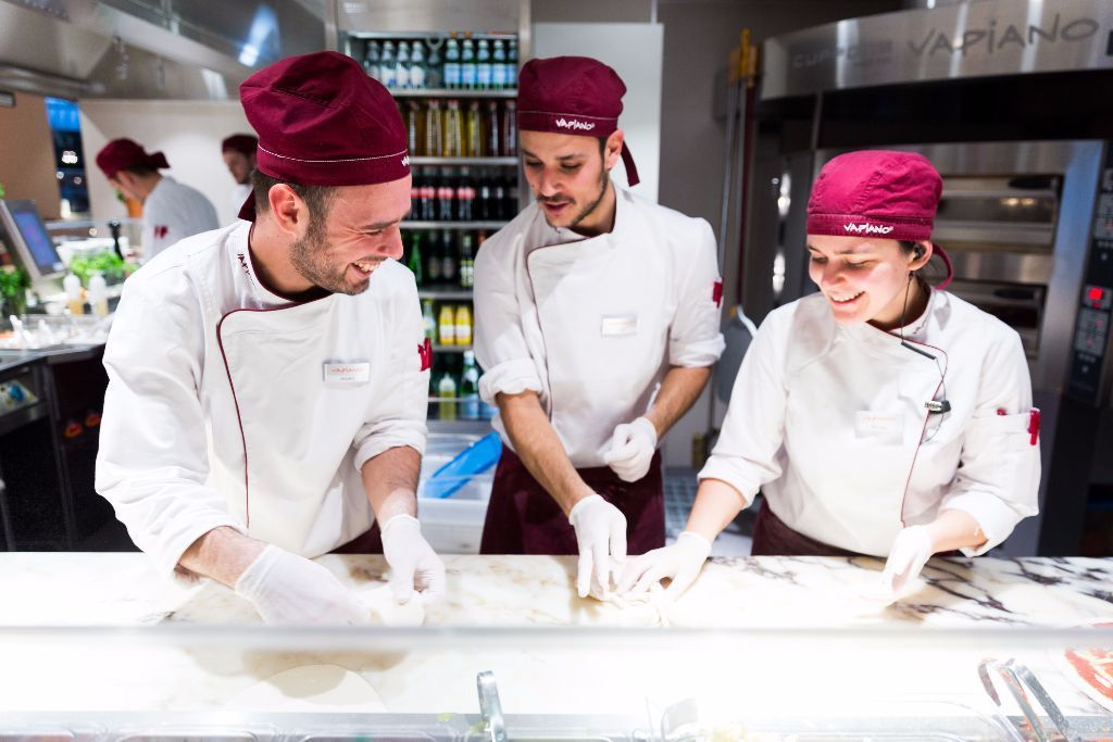 Vapiano London(Oxford Circus)-Front of House Kitchen Assistants(Pizza-Pasta)-No Experience necessary