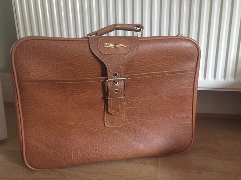 Retro suitcase / flight bag
