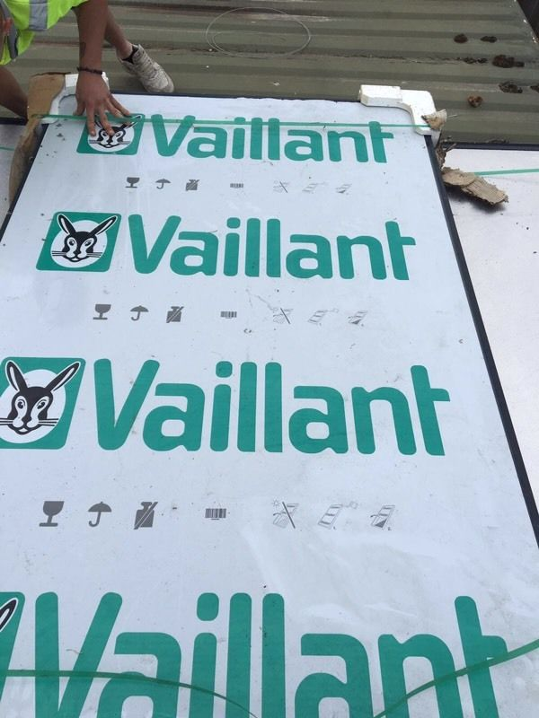 Vaillant solar therm water heater set