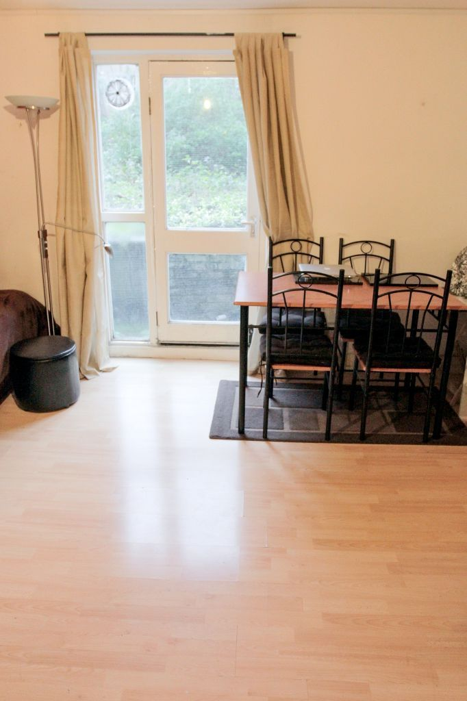 2 BEDROOM GARDEN FLAT MUTUAL EXCHANGE want 2 BEDROOM