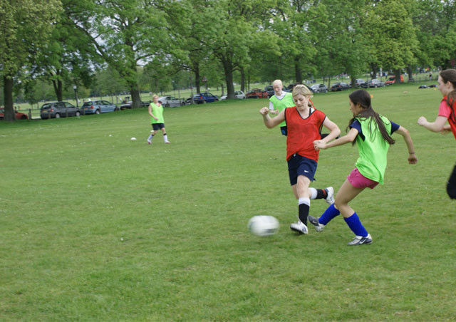 THE ACADEMY - PLAYERS WANTED!!!!! LADIES/WOMENS FOOTBALL/SOCCER SOCIAL/FITNESS/FUN