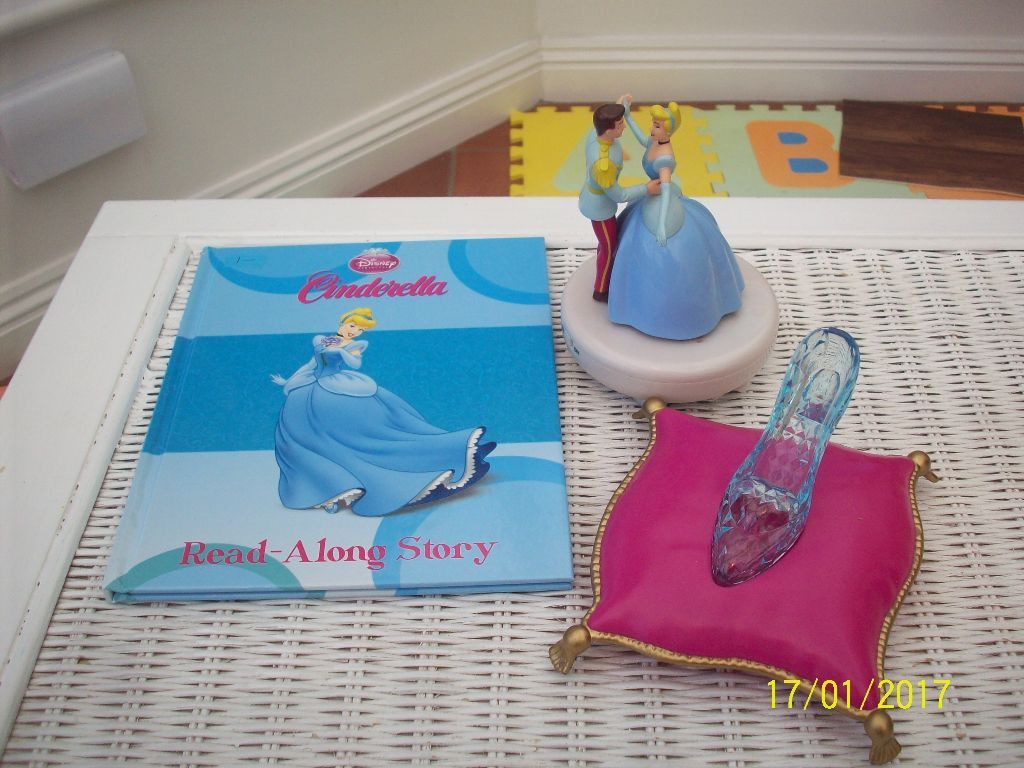 dancing with music Cinderella &Prince Charming.. Glass slipper-lights up with sounds