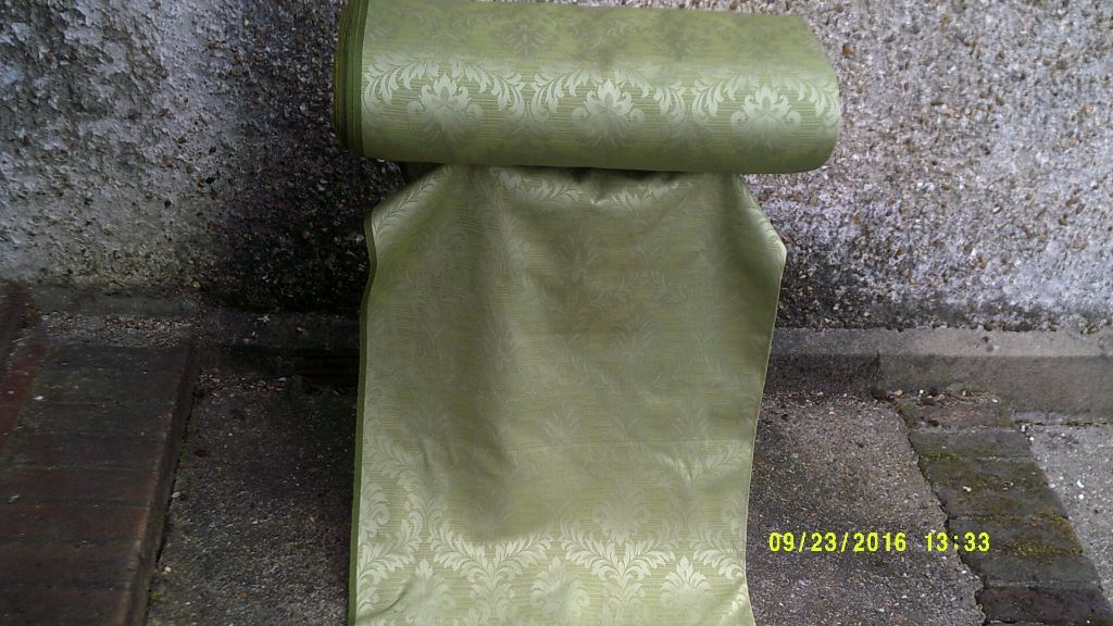 "A FULL ROLL of GREEN "" DAMASK ""VERY EXPENSIVE CLOTH ( BOUGHT & NOT USED ) +*+*+*"