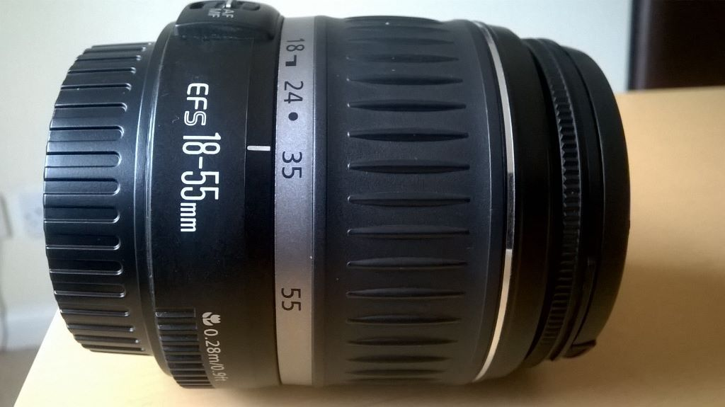 Canon EFS 18-55mm f/3.5-5.6 camera lens (brand new)