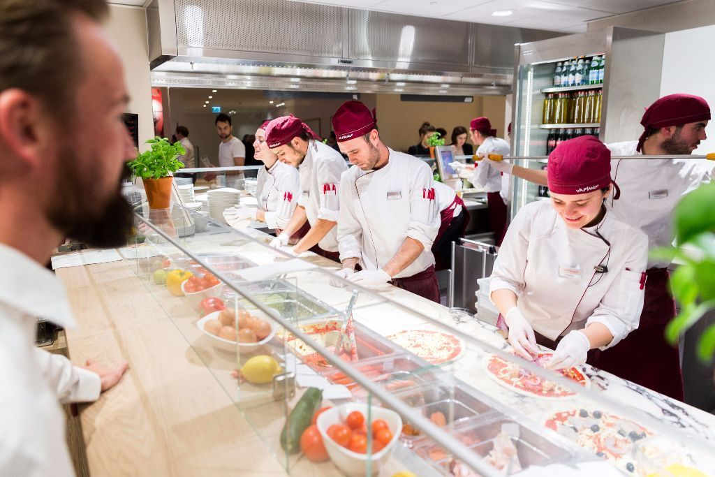Vapiano London Bridge-Front of House Kitchen Assistants (Pizza-Pasta-Salad) -No Experience necessary