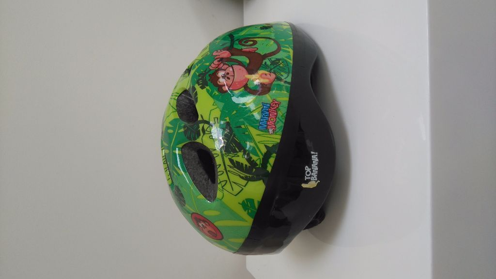Marvin the monkey helmet. Size 48-52cm.