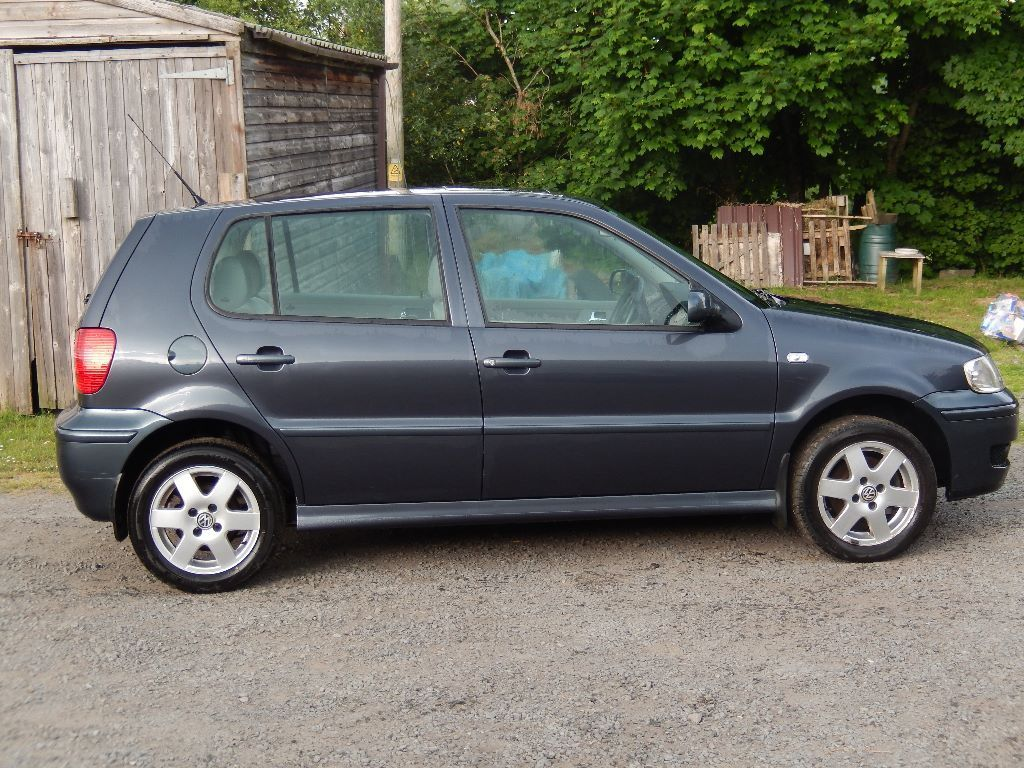 VW Polo 1.4 i four door Sorry now sold
