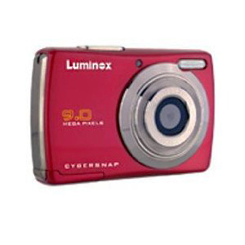 "Luminox TDC-9L2 "" 9 Mega Pixel Digital Camera ""- Red - Boxed"