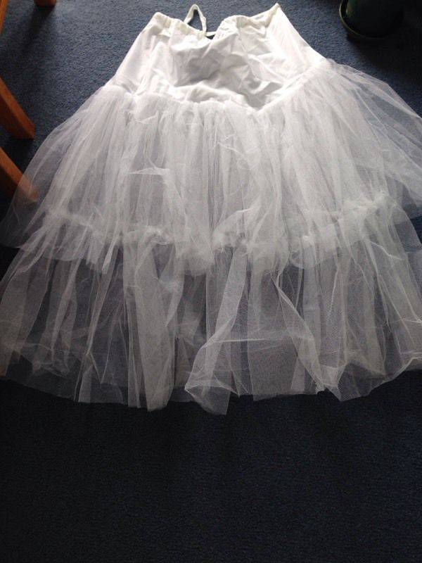Underskirt for wedding or party dress