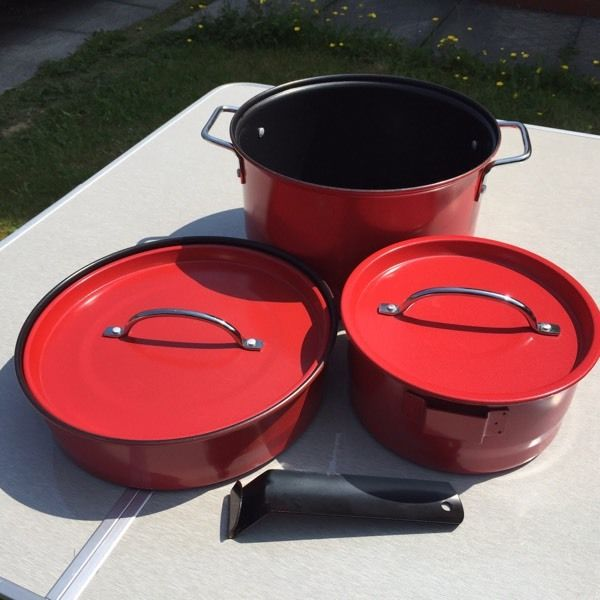 Family size non stick camping pan set
