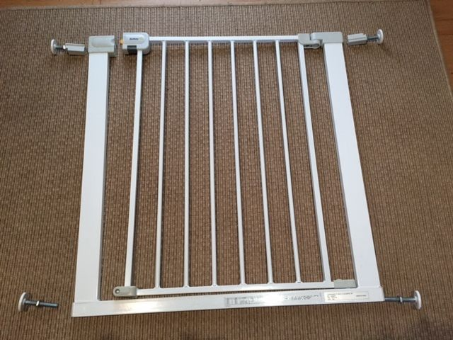 Safety Gate - Pressure Fit Metal by Safety 1st