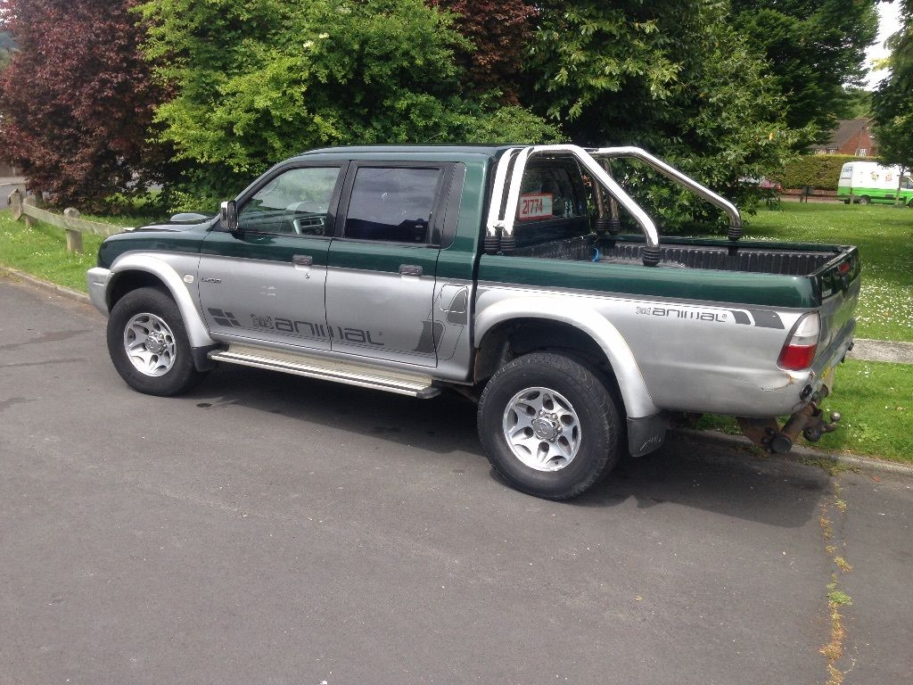 Mitsubishi L200 Double cab 02 reg Chrome bar ready to use