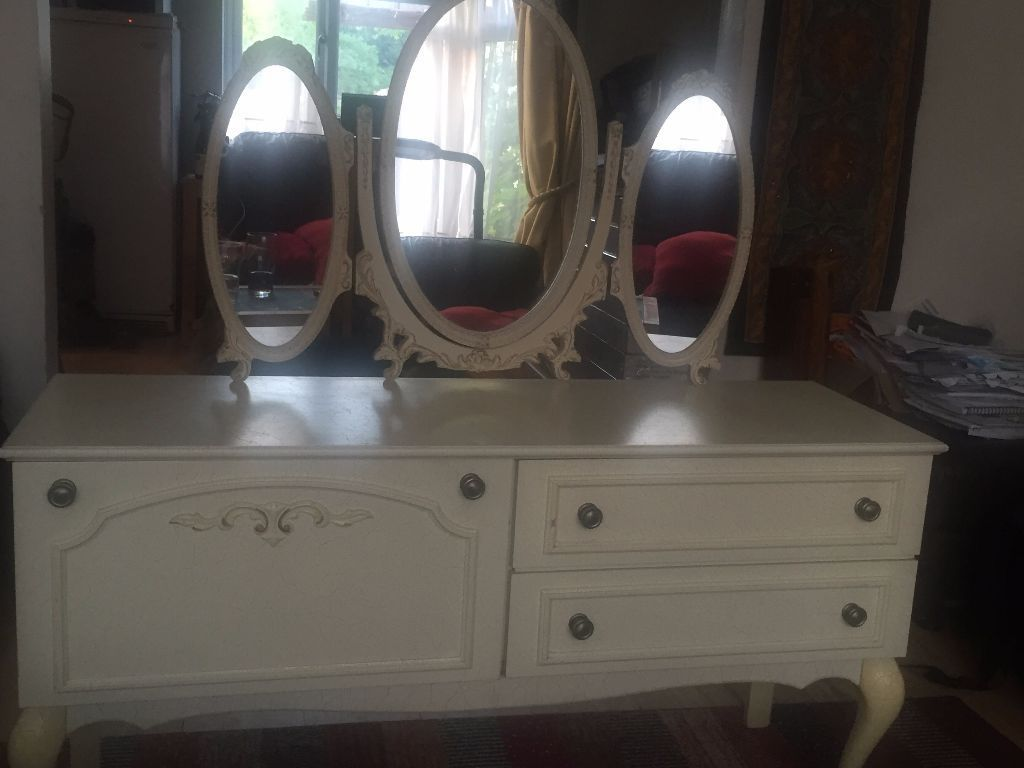Shabby Chic French Dressing Table