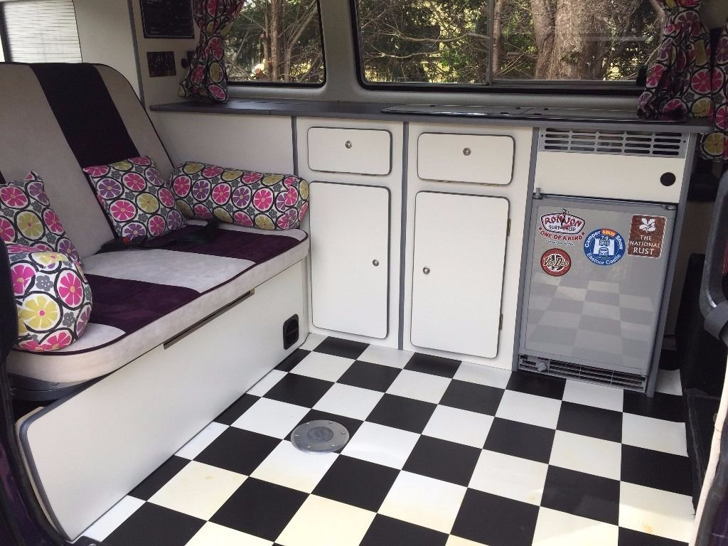 VW T25 Campervan Purple