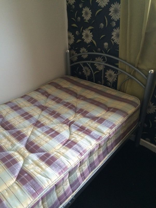 Single bed SOLD S T C