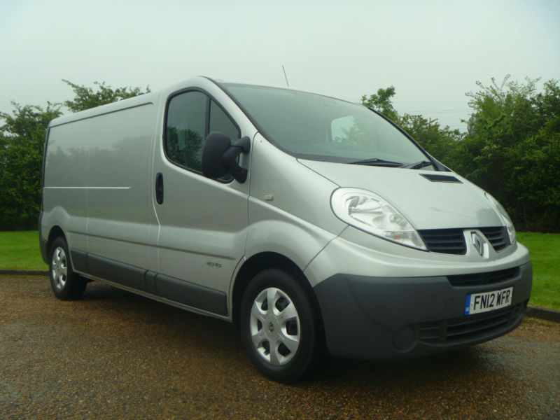 2012 RENAULT TRAFIC 2.0DCI 115 6SPEED LWB EURO5 1 OWNER FSH INC NEW CLUTCH