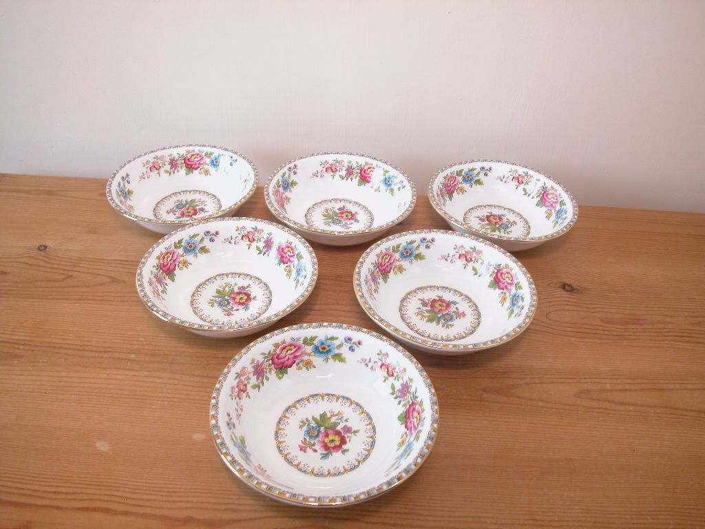 Royal Grafton Malvern dessert bowls, 6 off