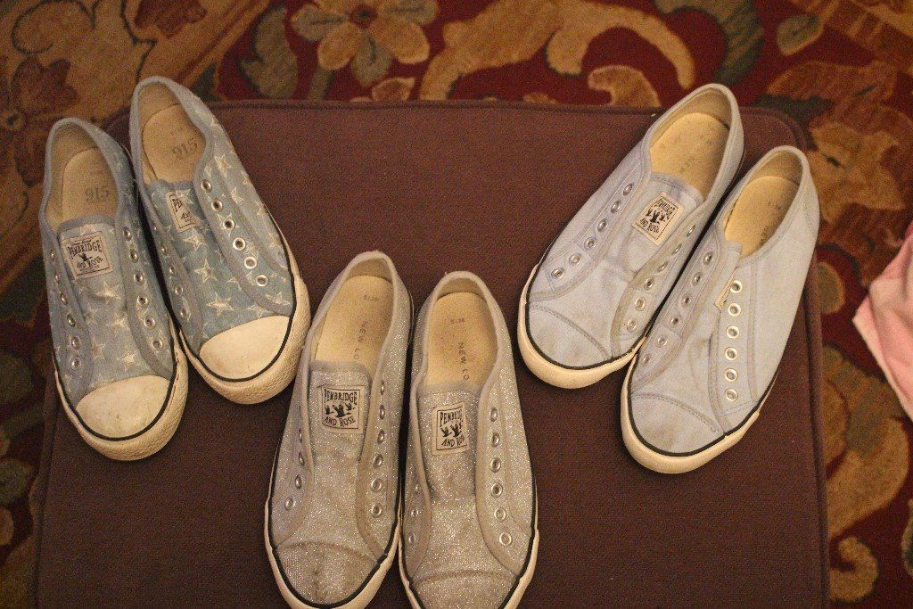 LADIES CONVERSE STYLE SHOES - VARIOUS (WORN)