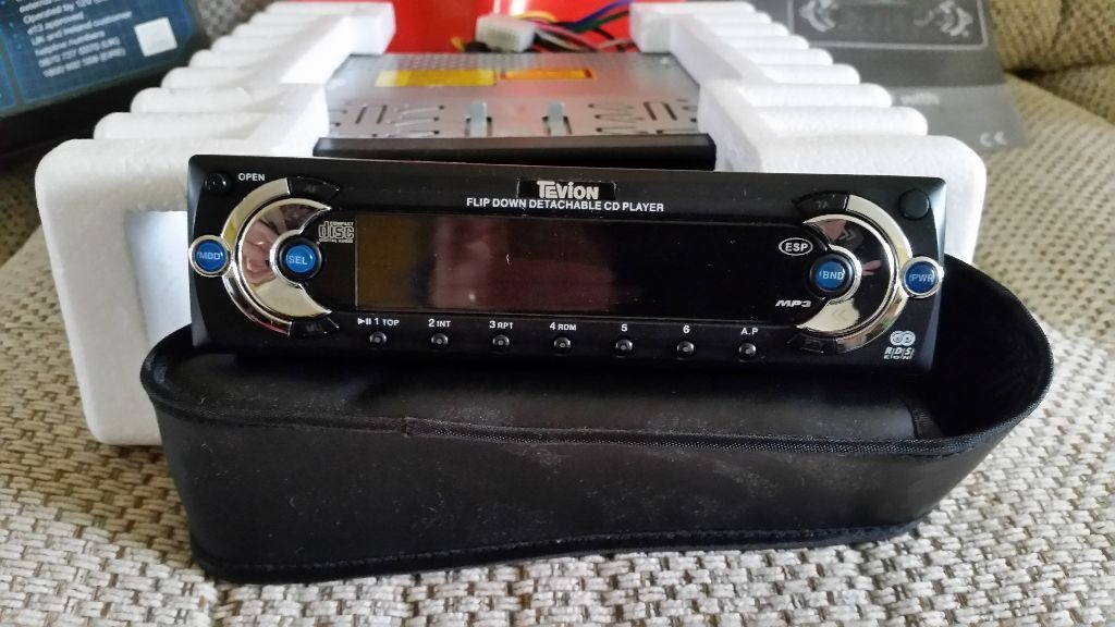 Car stereo, boxed never installed.