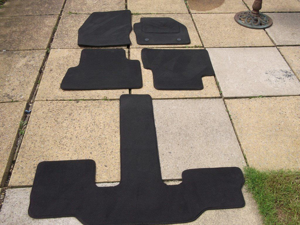 deluxe mats for Ford grand c max