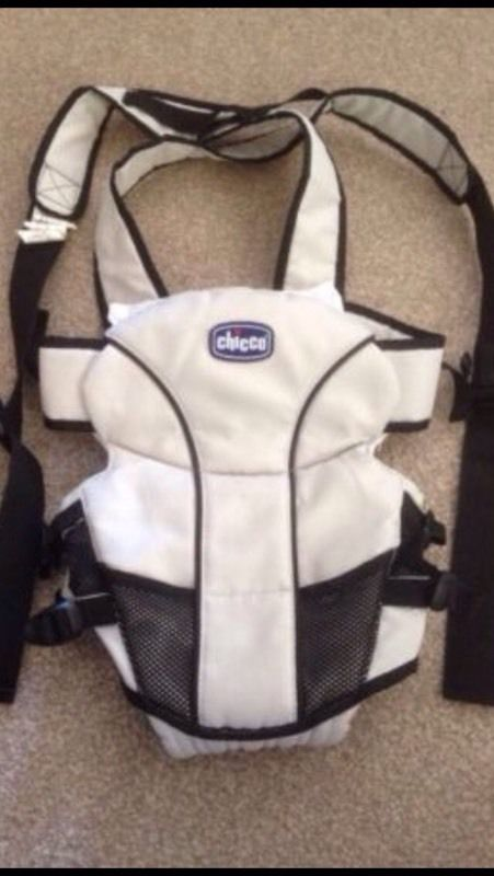 Chicco cream baby carrier