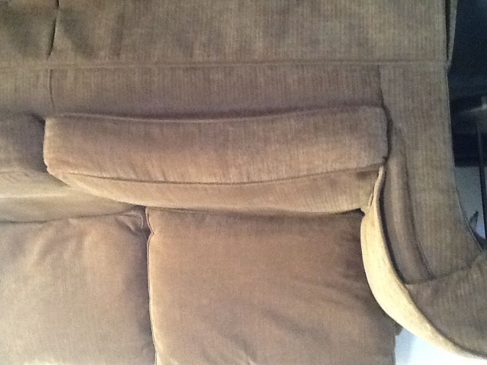 Duresta sofa, quality piece of furniture for a bargain price due to need the room.
