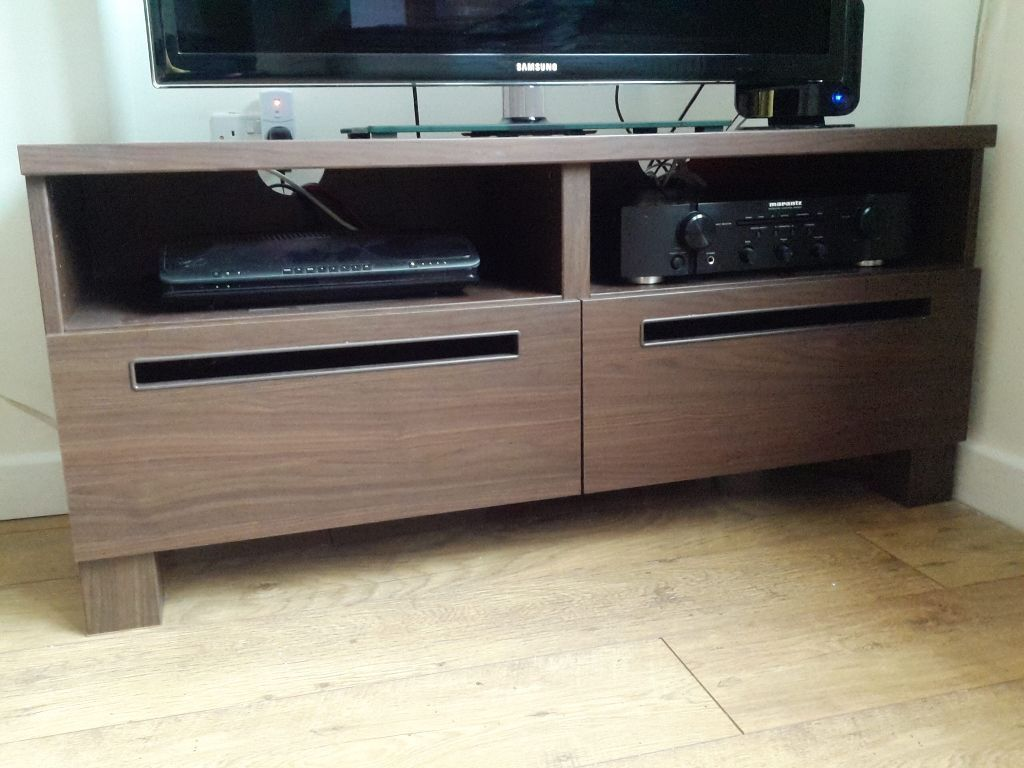 Walnut wood effect TV cabinet/stand