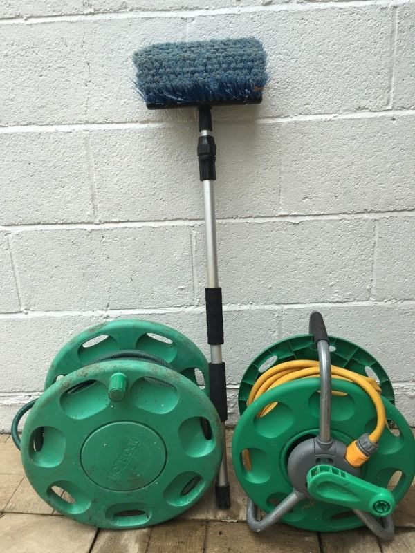 Hozelock wall mounted hose