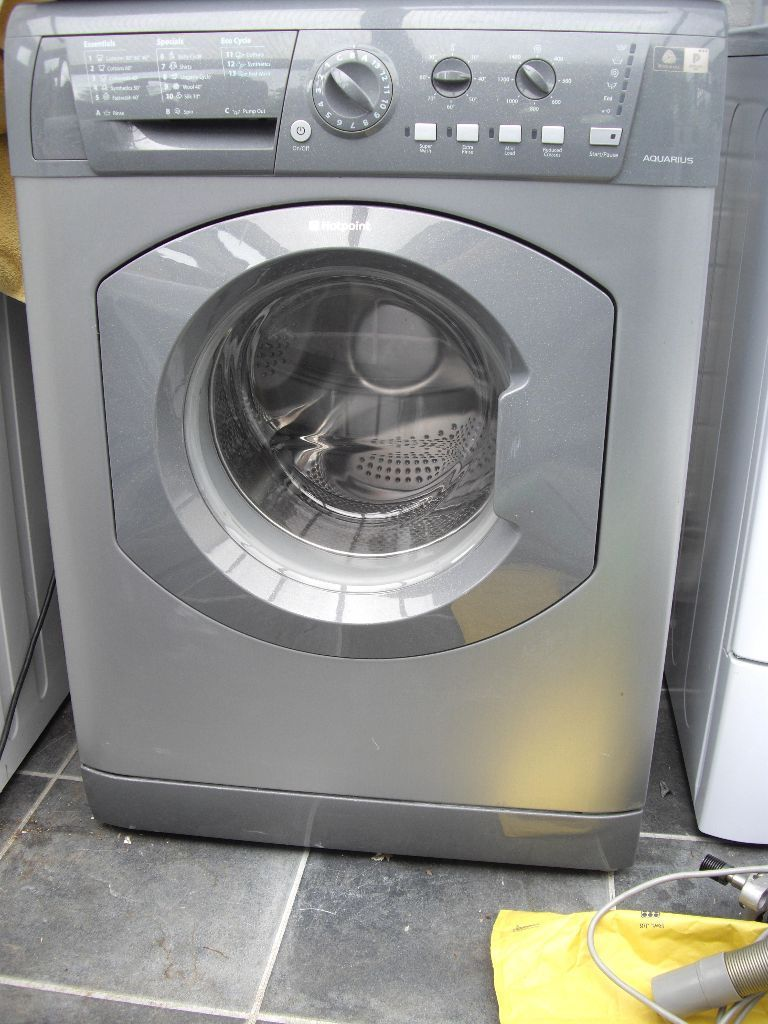 Reconditioned silver Hotpoint WDL540 7kg load 1400 spin Washer Dryer. 3 month money back guarantee