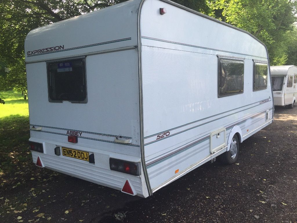 Abbey 1999 4 berth end wash room in mint condition