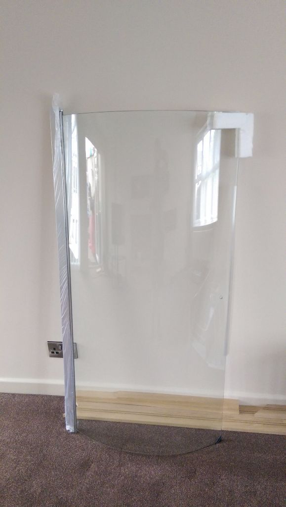 P Shape Shower Bath Glass Return Screen - 6mm Thick. New Unused 1400x700 Fits L/H Or R/H
