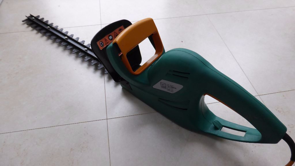 power peformance tools hedge trimmer 500 w