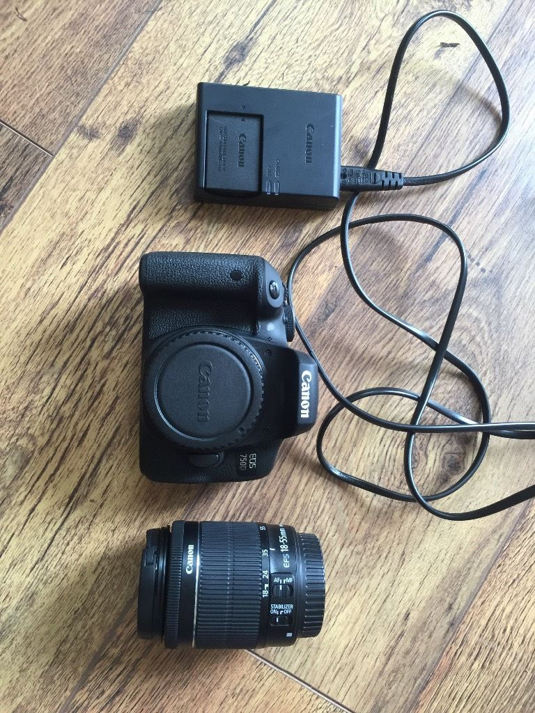 Canon eos 750D DSLR Camera with EF-S 18-55 mm f/3.5-5.6 IS STM Zoom lens PERFECT CONDITION