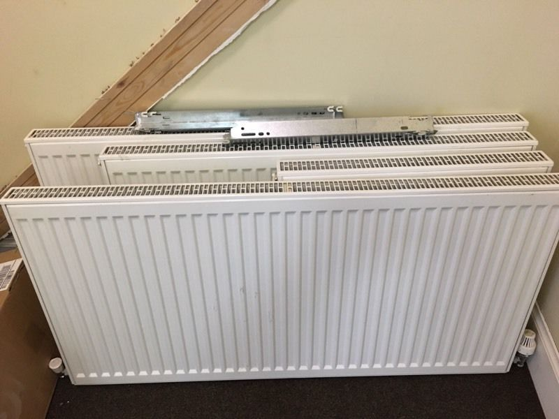 4 radiators with valves