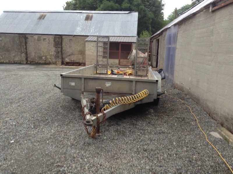 Dale Kane 4 tonne 10 x 6 Plant Trailer on Air and LED lights